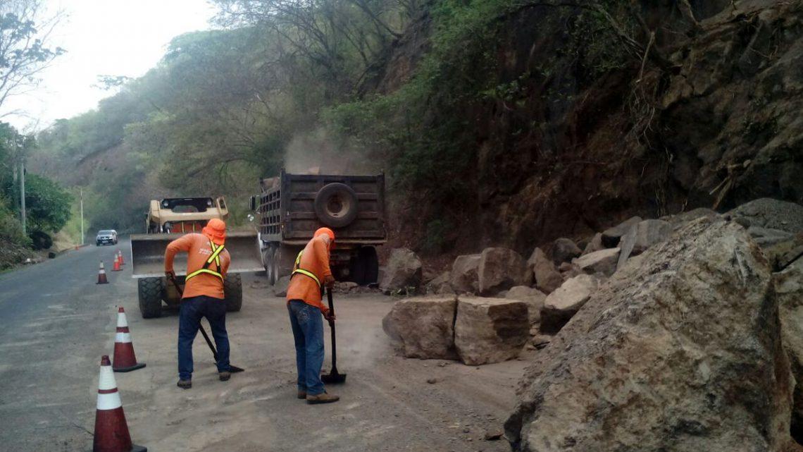 MOP inspecciona estado de puentes, taludes y viviendas en zona afectada por enjambre sísmico en Zona Oriental
