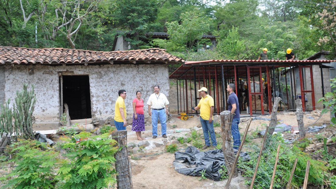 Viceministerio de Vivienda construye las primeras 142 viviendas para afectados por enjambre sísmico en zona oriental