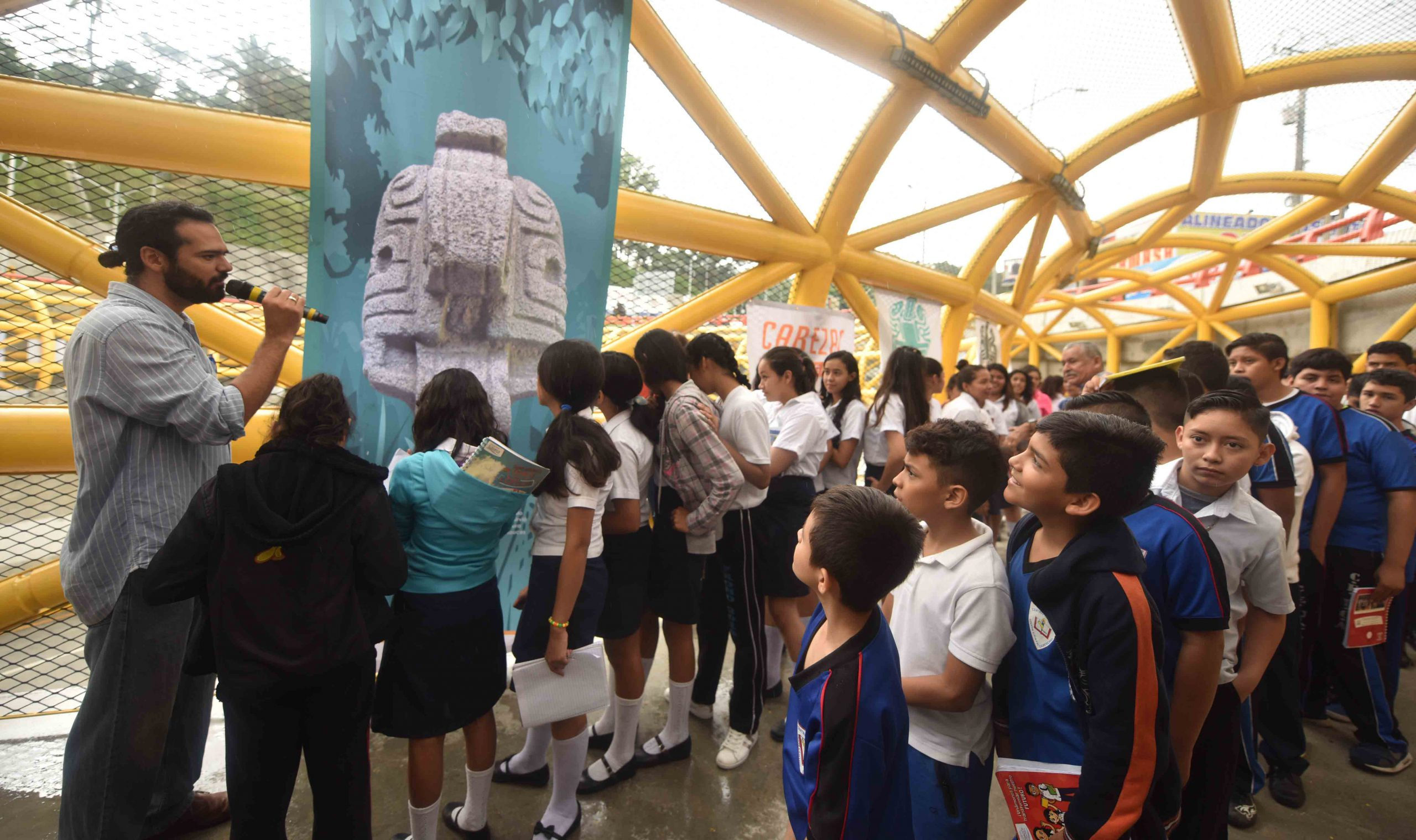 MOP participa en Exposición Itinerante Tradición Cabezas de Jaguar