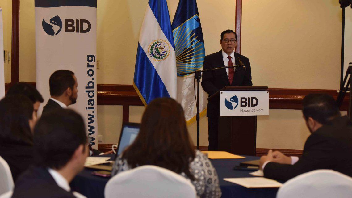MOP inaugura taller de finalización Plan Nacional de Logística de Carga, en el marco de Política El Salvador Logístico
