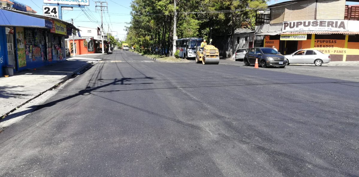 MOP recarpetea 2.5 kilómetros de Bulevar San Patricio, Colonia La Cima, San Salvador