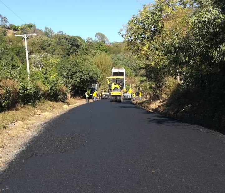 95% de avance pavimentación tramo carretera Guaymango-San Pedro Puxtla, Ahuachapán