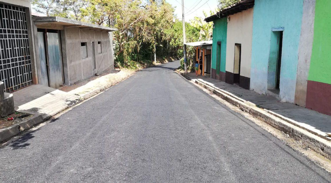 Finalizan 3 proyectos de pavimentación en San Salvador, Ahuachapán y Cuscatlán
