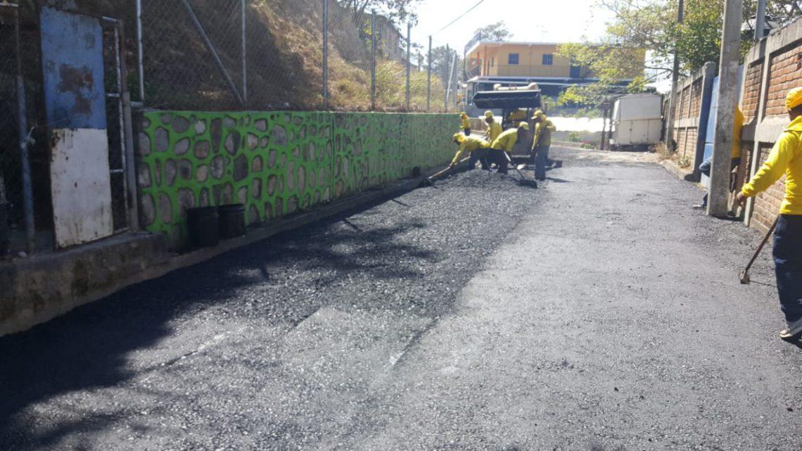 MOP pavimenta 5 rutas de casco urbano de La Palma, Chalatenango