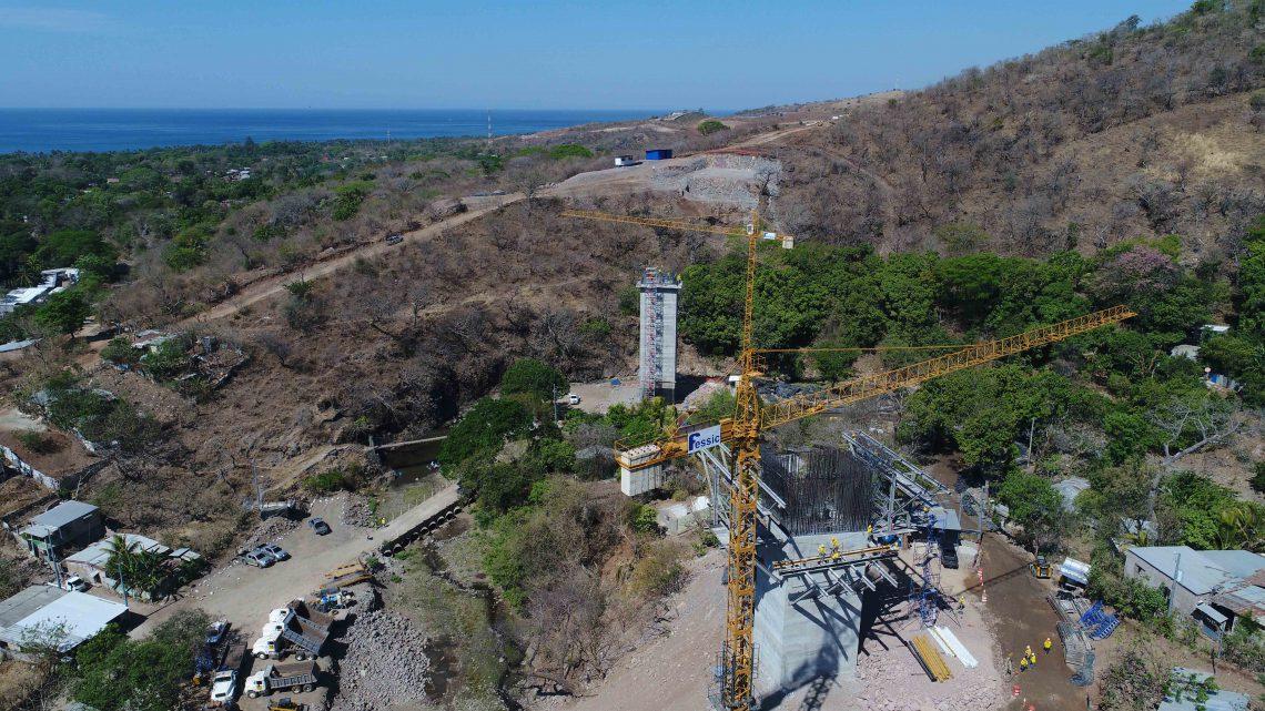 MOP supervisa avance construcción By Pass de La Libertad