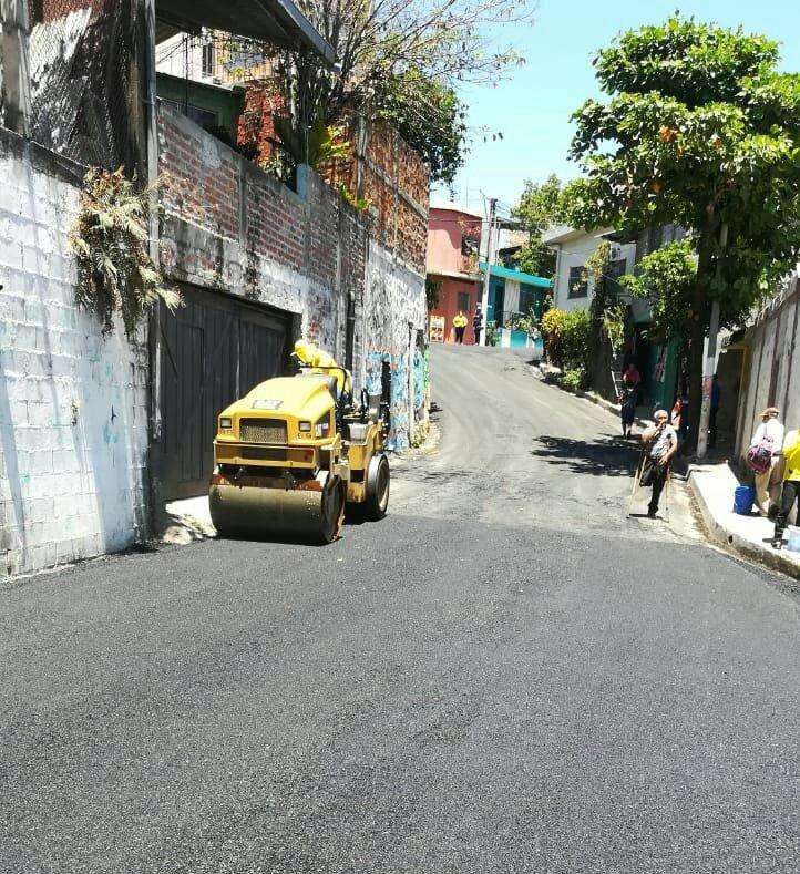 Finaliza recarpeteo de calles Colonia 26 de enero, Mejicanos