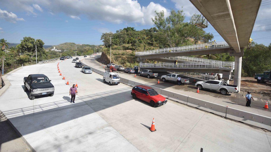 Se suspenden trabajos por 3 días en Carretera al Puerto de La Libertad, por feriado Semana Santa
