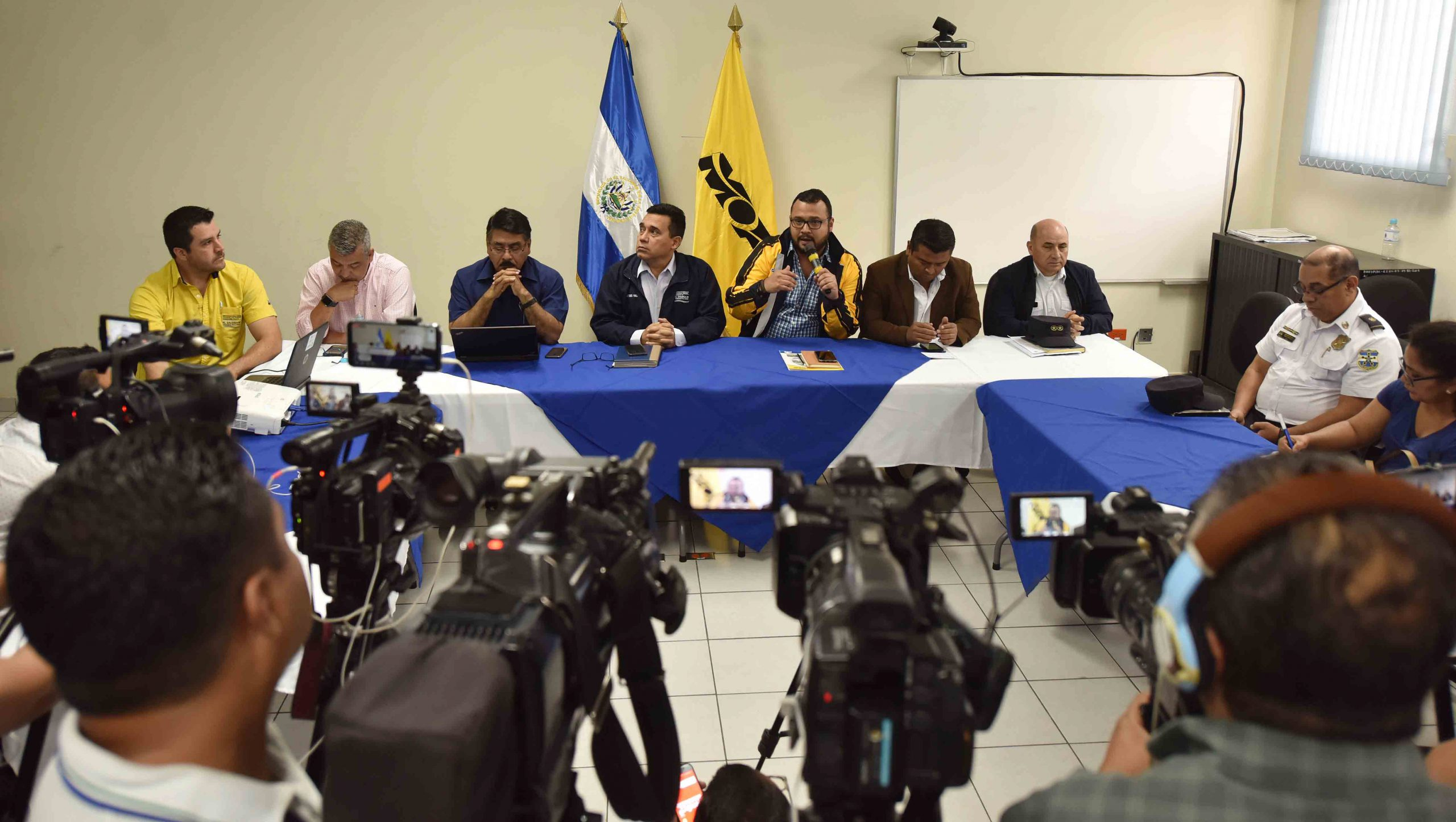 Avanzan obras de protección en Los Chorros y modifican horarios de tránsito en zona