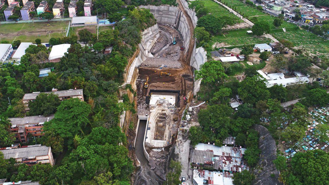 93% de avance construcción laguna de laminación para prevenir inundaciones en sector Sur de San Salvador