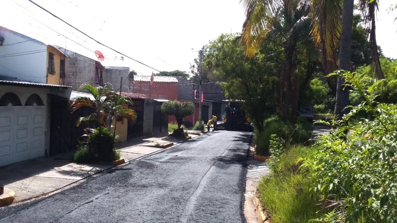 MOP trabajará en pavimentación Residencial San Pedro, Mejicanos, durante feriado agosto