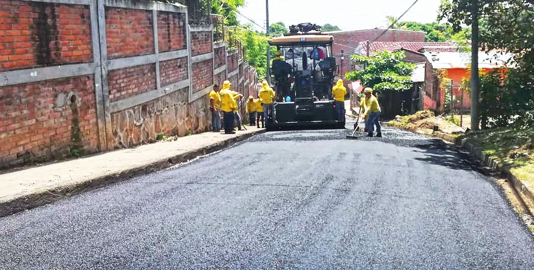 MOP inicia recarpeteo de 1 kilómetro de calle entre Sensuntepeque y Guacotecti, Cabañas