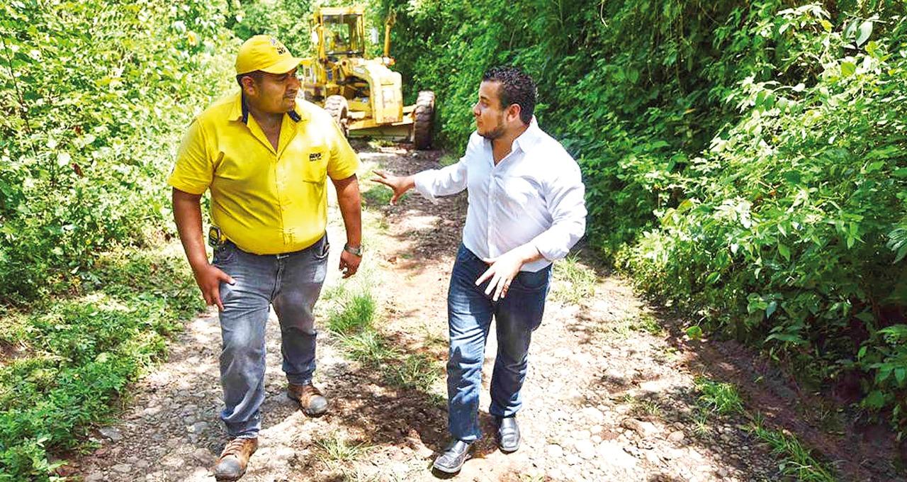MOP inicia mejoramiento de 4.5 kilómetros que conectara a comunidades de cantones y caseríos de Cabañas