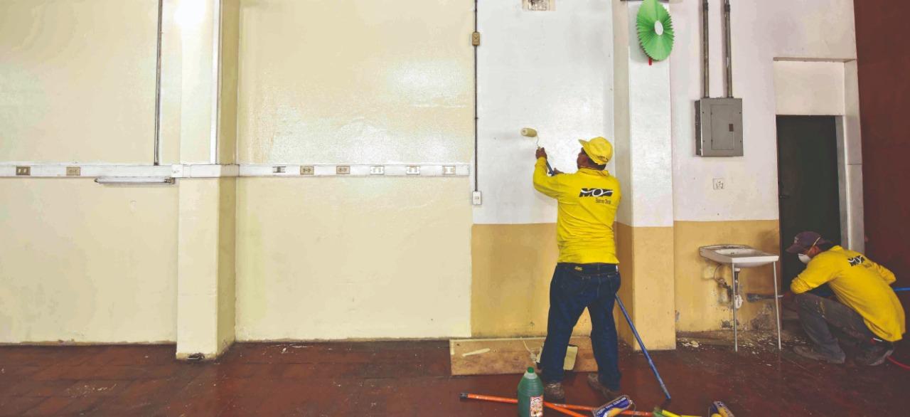 MOP remodela salón para familiares de pacientes en Hospital Rosales
