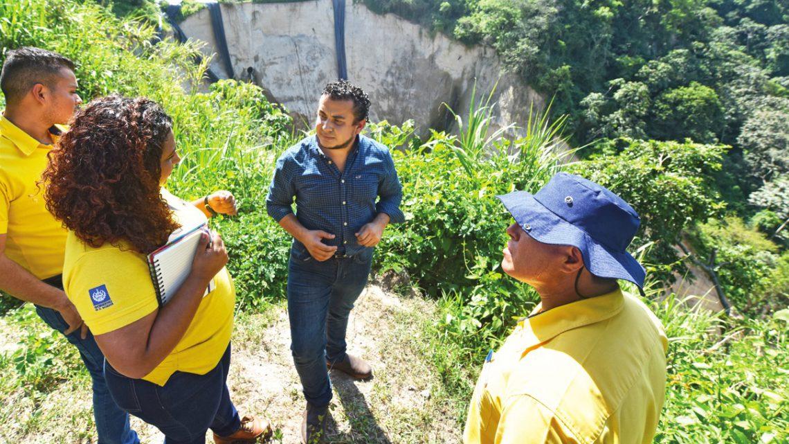 MOP apertura ofertas para construcción y supervisión obras de protección por cárcava, Colonia Santa Lucia, Ilopango