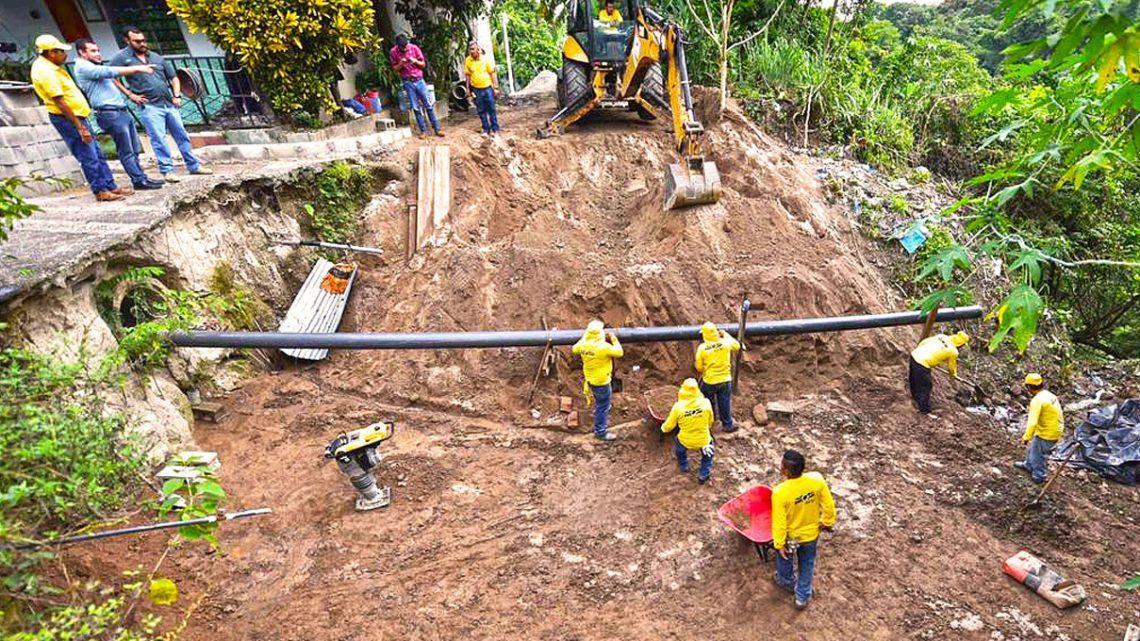 MOP inspecciona avance en obras de protección por cárcava, en Colonia Santa Rita 6, Cuscatacingo