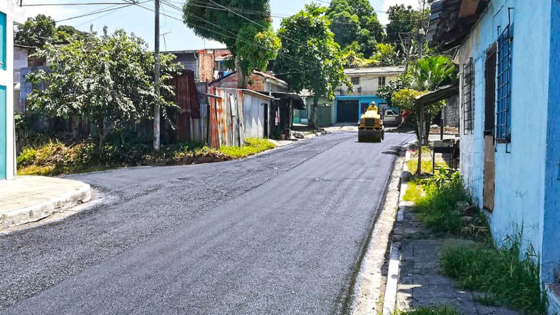 MOP recarpetea calle de Colonia España, Mejicanos