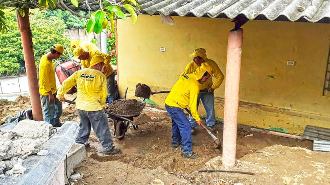 MOP continua retiro de escombros en Urbanización Montreal, Mejicanos