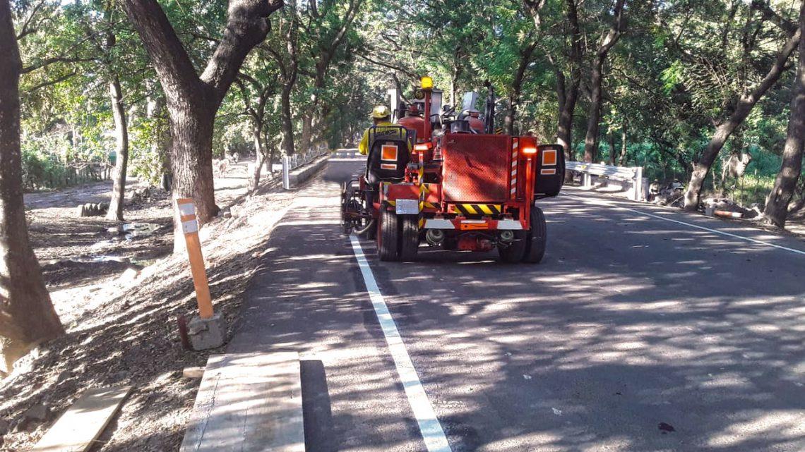 Realizamos tareas finales de Pavimentación de 10 kilómetros Ruta a San Marcos Lempa, desvío El Zamorán, Jiquilisco, Usulután,