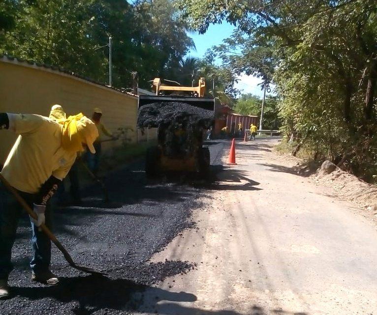 Pavimentamos 2 kilómetros de ruta a playas de El Cuco, Intipucá, La Unión