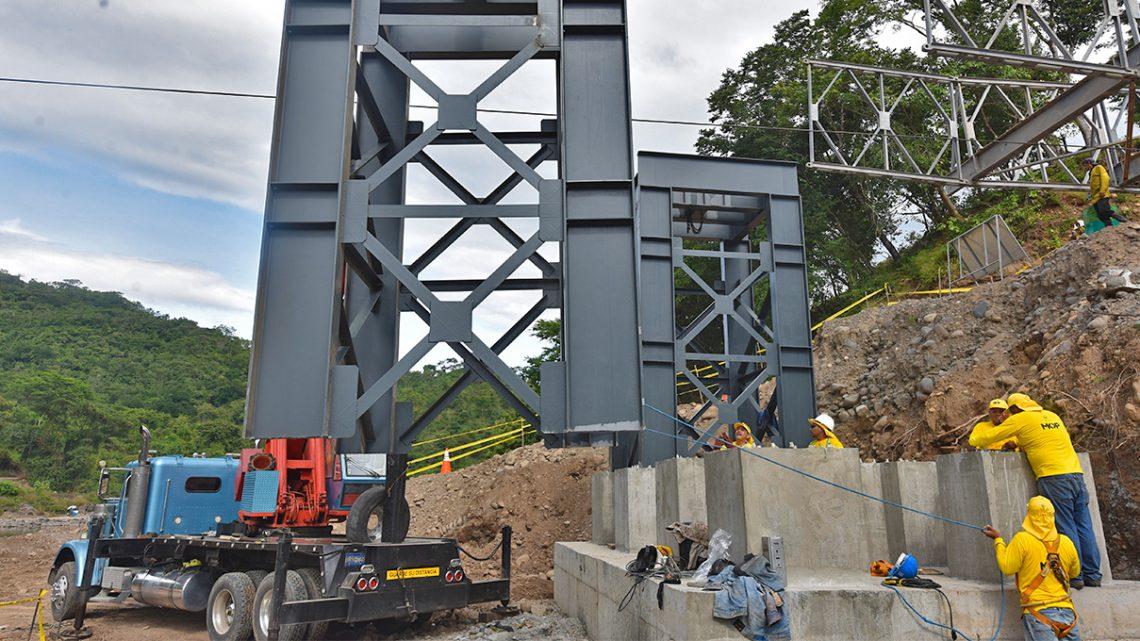 Avanzamos con la construcción de Puente sobre Río Torola