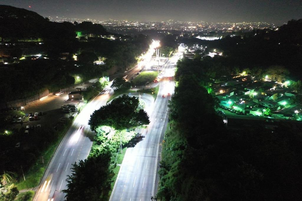 MOP inicia licitación para la iluminación y video vigilancia en carreteras a través de asocio público privado