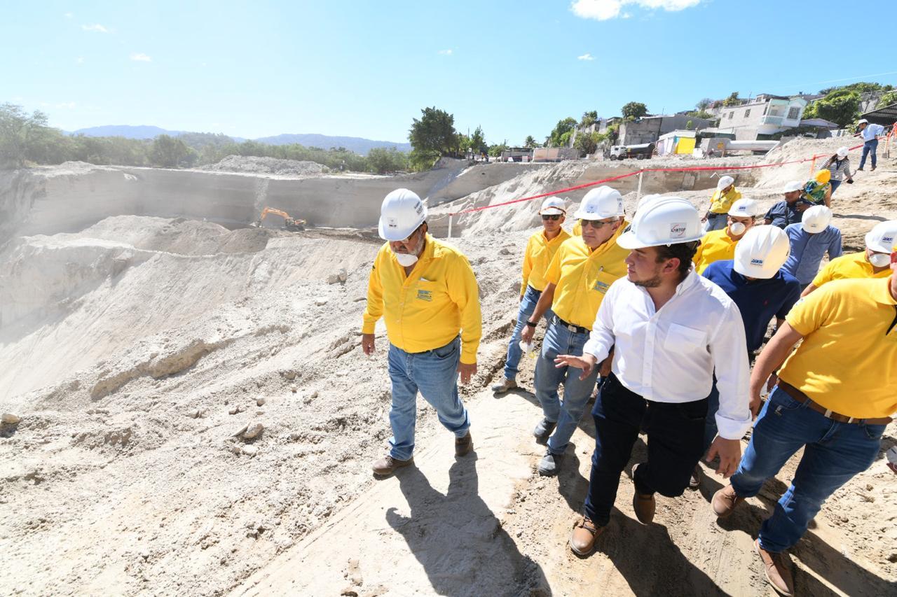 Avanzamos en los trabajos eliminación de cárcava Residencial  Santa Lucía, Ilopango, San Salvador
