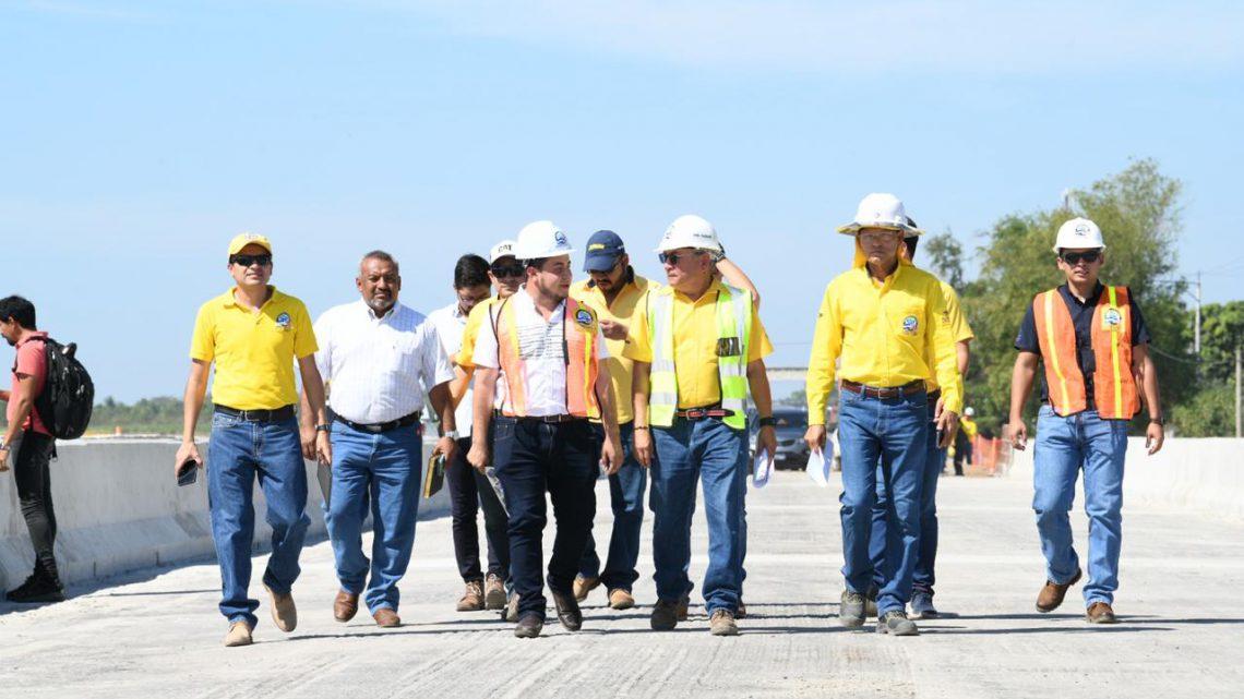 Avanza construcción Ampliación 27 km de Carretera del Litoral