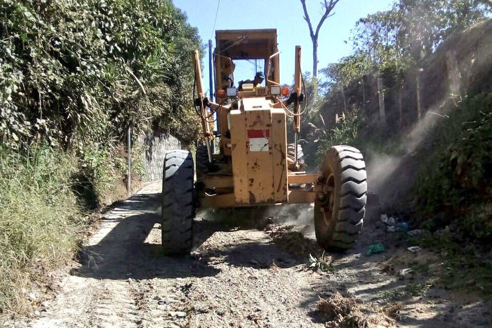 MOP mejora calle de acceso a Cantón Casa de Piedra, San Marcos