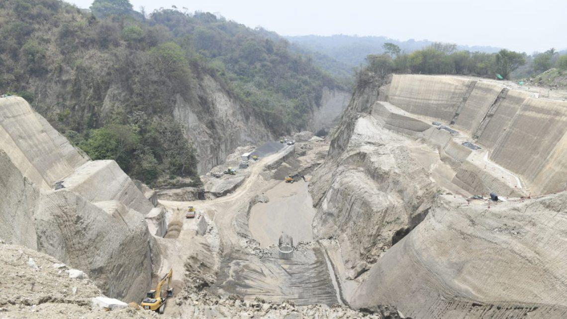 Pese a lluvias, MOP avanza en obras de protección en Residencial Santa Lucía, Ilopango
