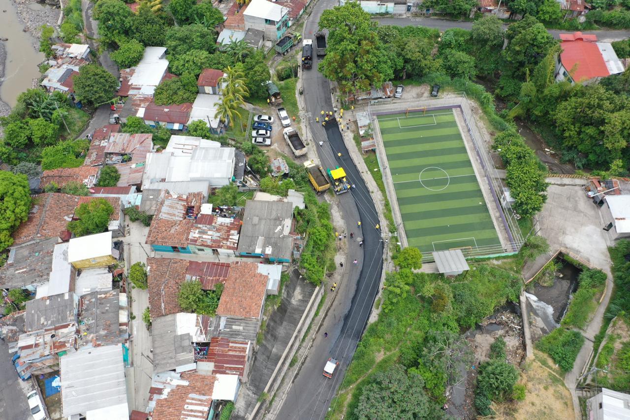 MOP rehabilita 4 kilómetros de Calle Lara, San Jacinto