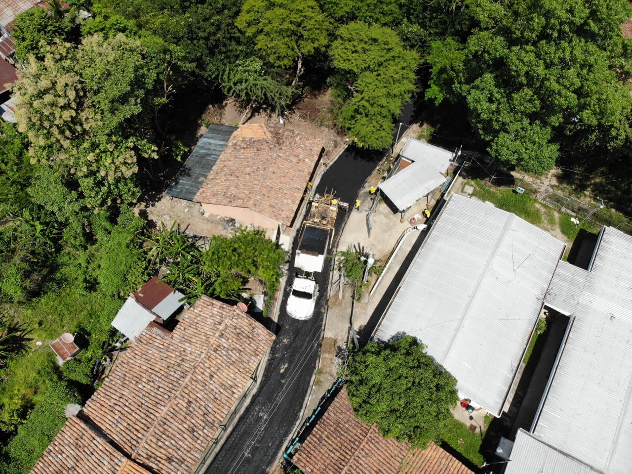 MOP pavimenta calles del casco urbano de Nuevo Edén de San Juan, San Miguel